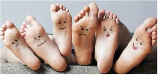 voeten gezichtjes